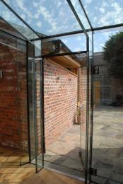 Frameless Glass Structures/Enclosures